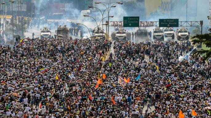 170514121616-03-venezuela-protest-0510-super-169